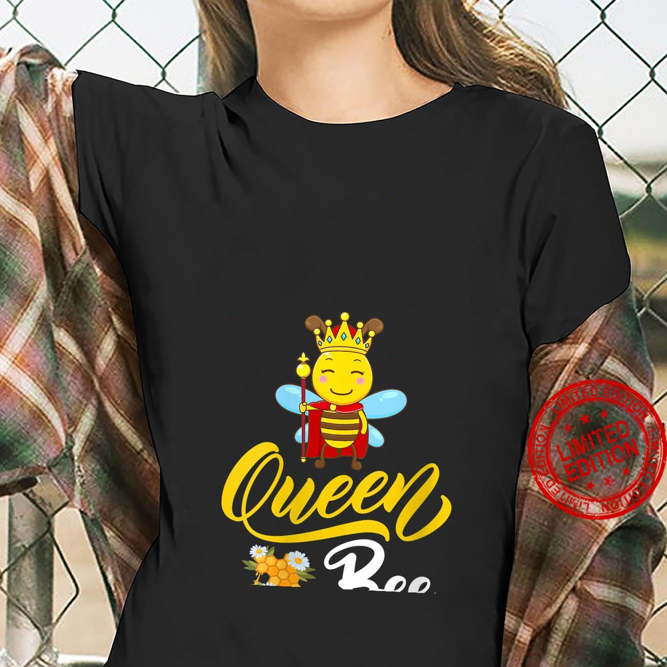 Womens Bee Cute Queen Bee Mother's Day Shirt ladies tee