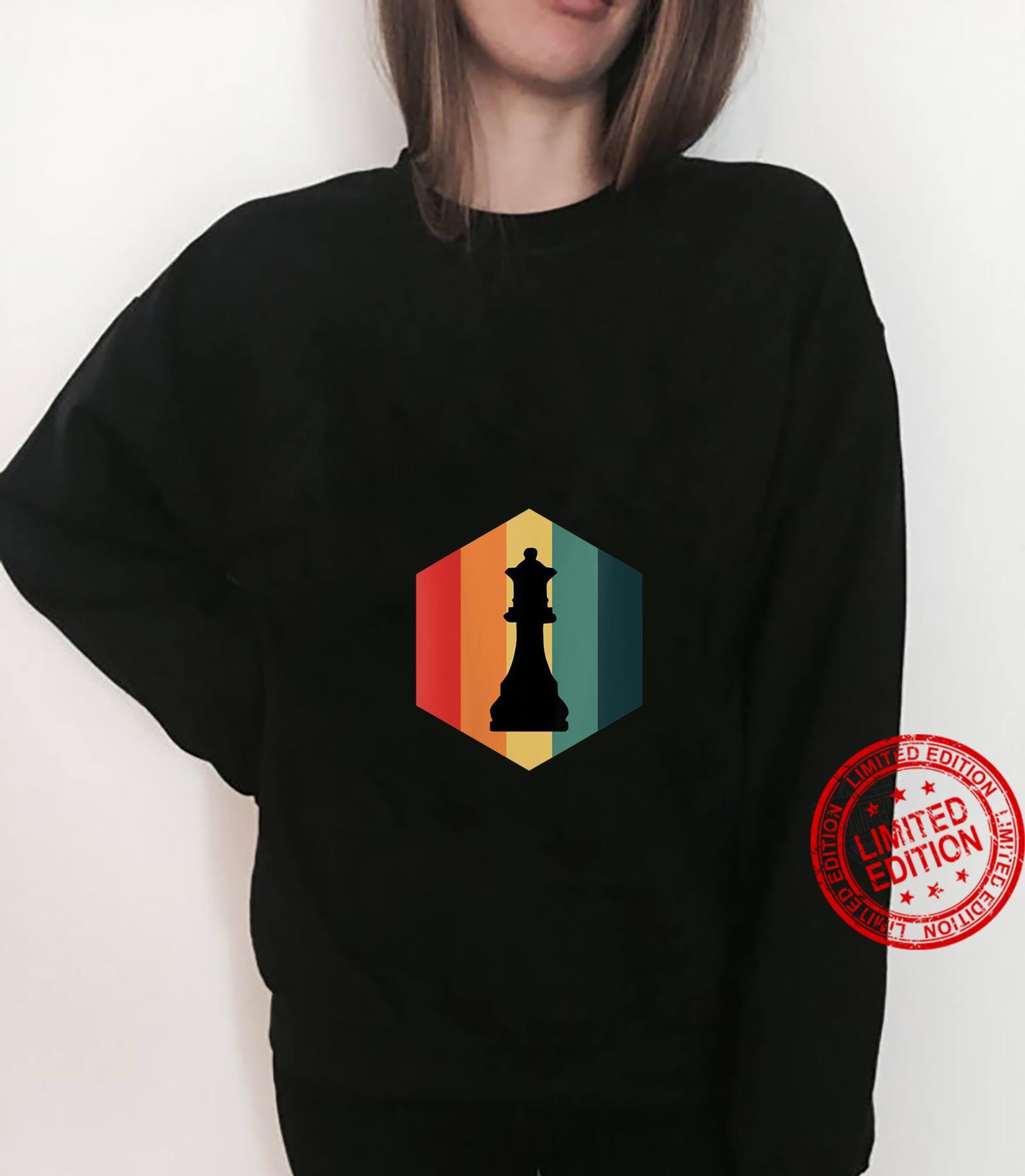 Womens Retro Vintage Chess Queen Piece Design Grand Master Player Shirt sweater